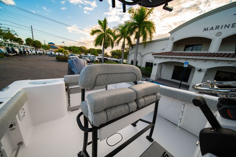 Thumbnail 27 for New 2020 Sportsman Open 232 Center Console boat for sale in Vero Beach, FL