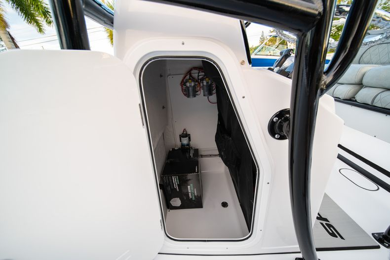 Thumbnail 32 for New 2020 Sportsman Open 232 Center Console boat for sale in Vero Beach, FL