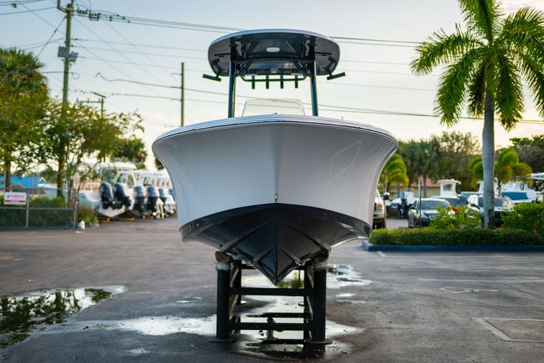 Thumbnail 2 for New 2020 Sportsman Open 232 Center Console boat for sale in Vero Beach, FL