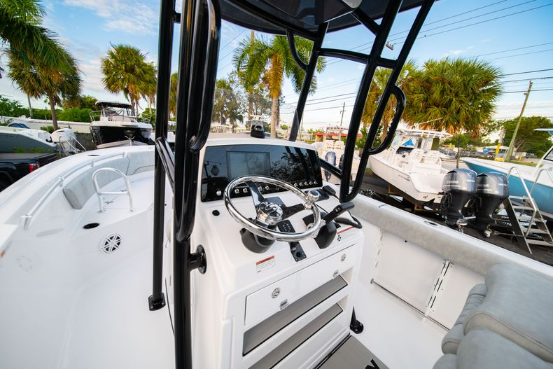 Thumbnail 26 for New 2020 Sportsman Open 232 Center Console boat for sale in Vero Beach, FL
