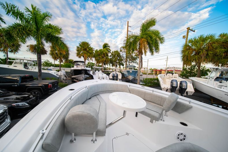 Thumbnail 36 for New 2020 Sportsman Open 232 Center Console boat for sale in Vero Beach, FL
