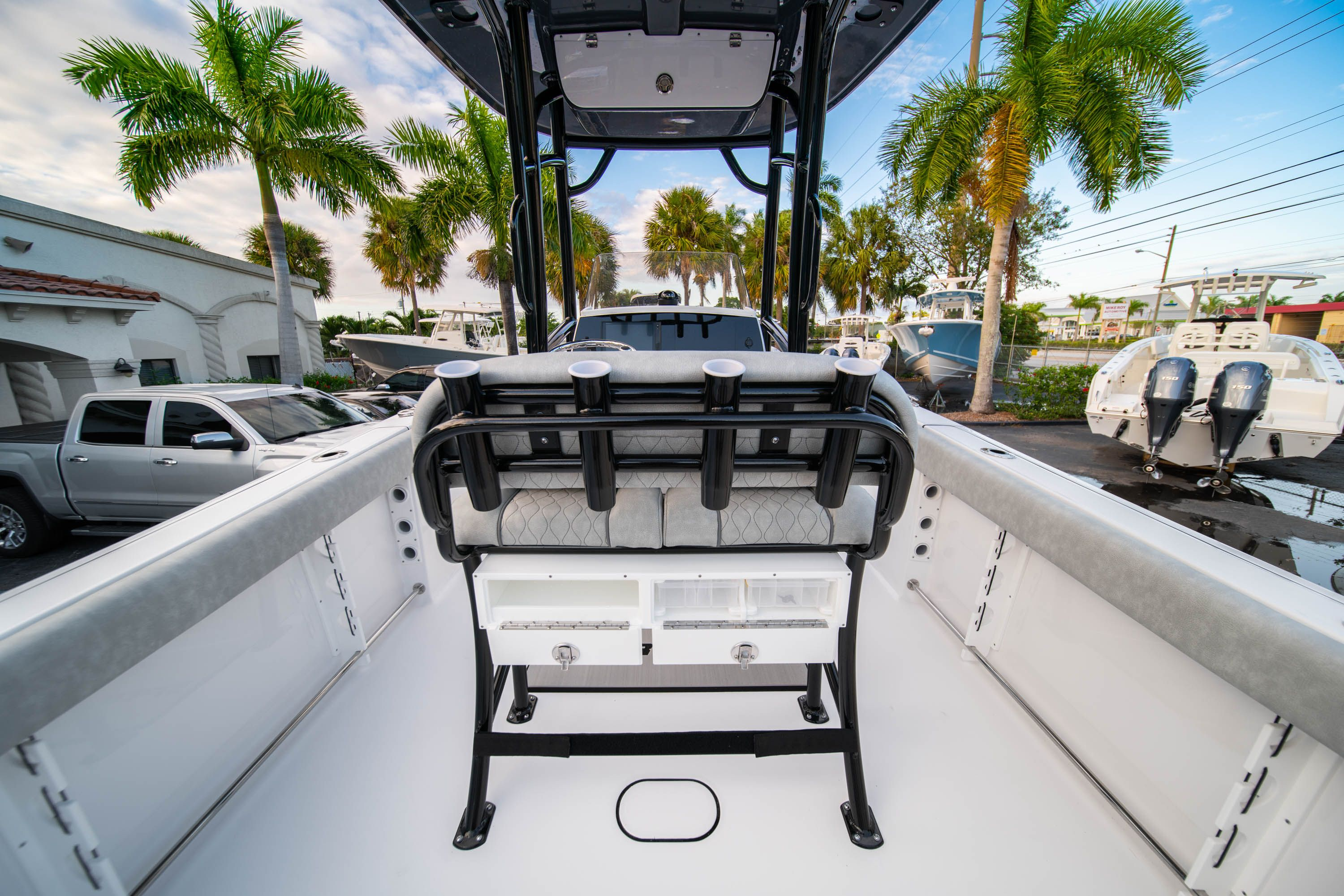 Thumbnail 19 for New 2020 Sportsman Open 232 Center Console boat for sale in West Palm Beach, FL