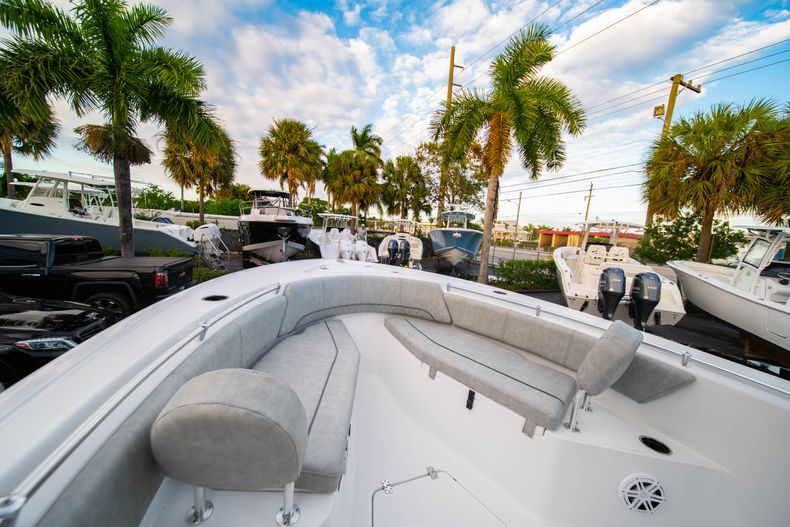 Thumbnail 37 for New 2020 Sportsman Open 232 Center Console boat for sale in Vero Beach, FL