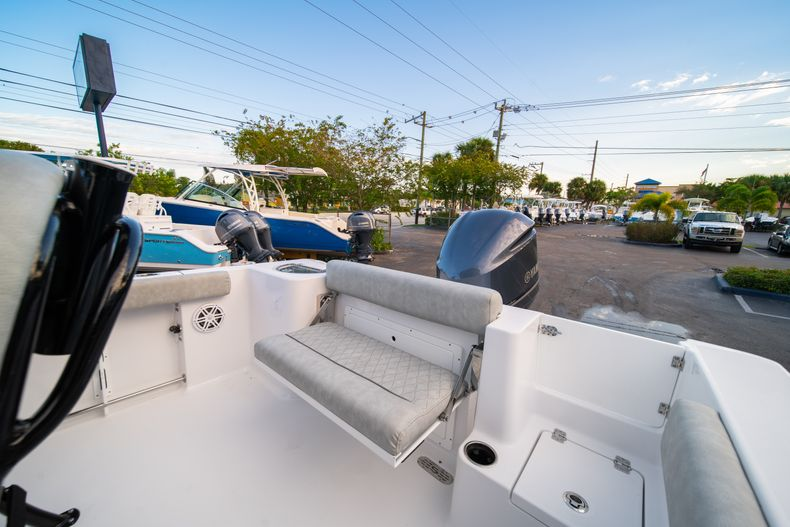 Thumbnail 14 for New 2020 Sportsman Open 232 Center Console boat for sale in Vero Beach, FL