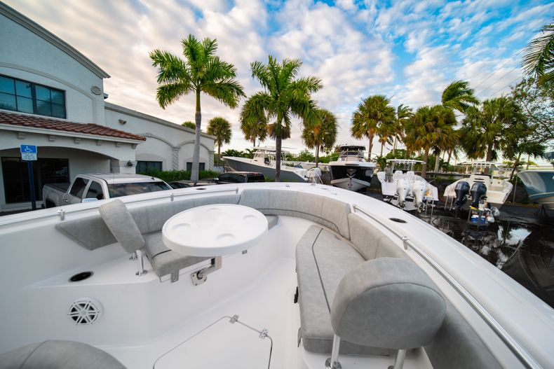 Thumbnail 33 for New 2020 Sportsman Open 232 Center Console boat for sale in Vero Beach, FL