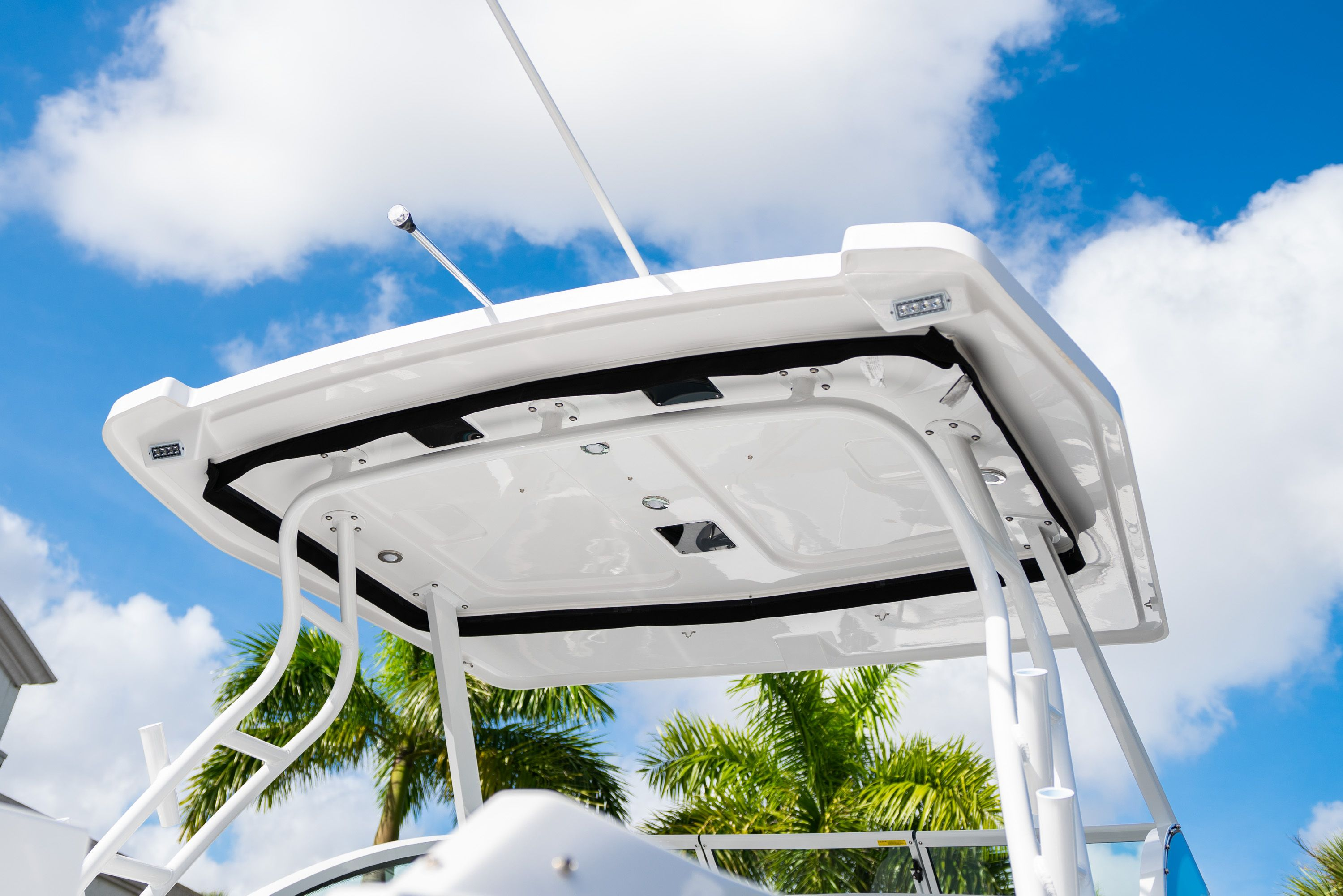 Thumbnail 12 for New 2020 Blackfin 242DC Dual Console boat for sale in West Palm Beach, FL