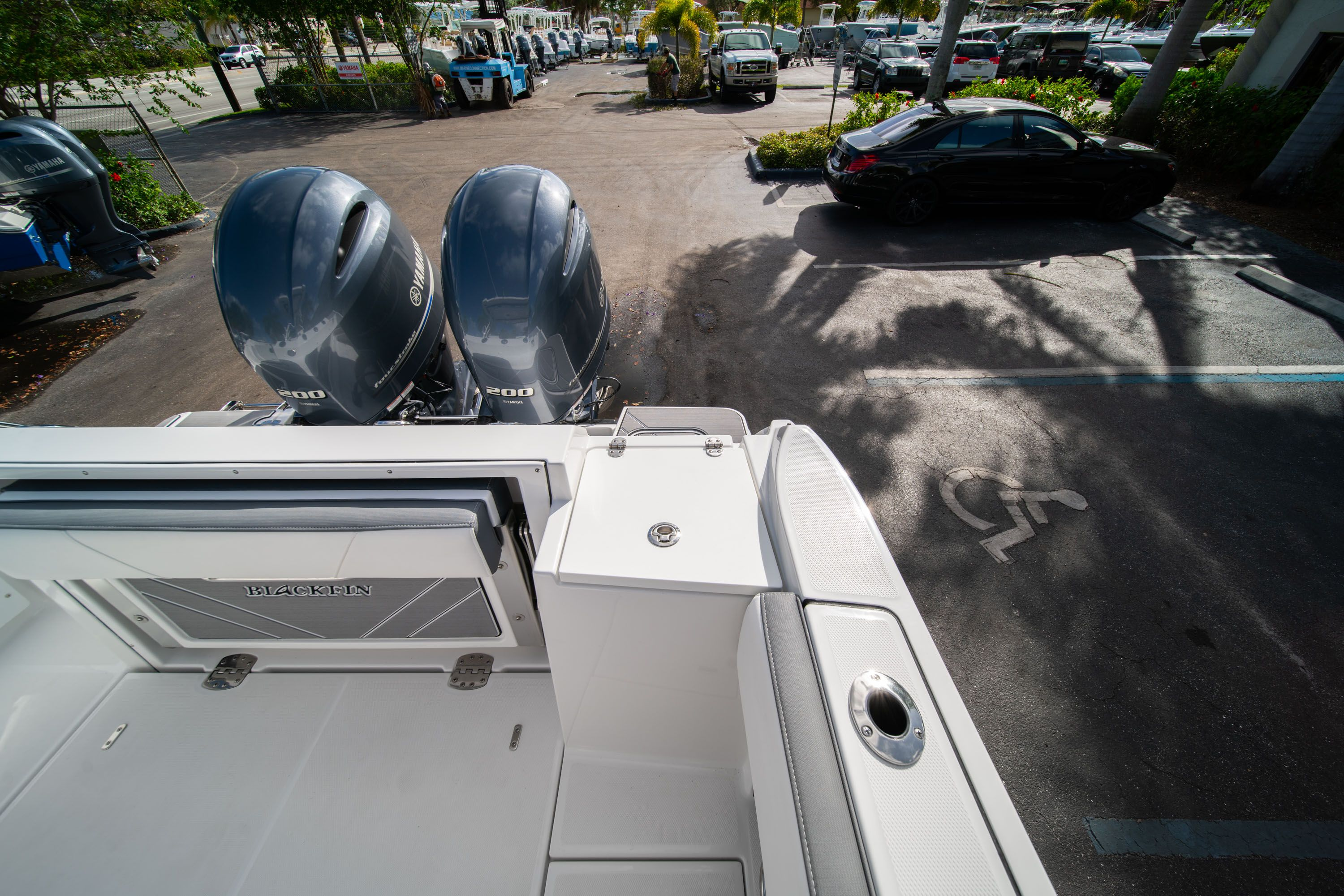 Thumbnail 23 for New 2020 Blackfin 242DC Dual Console boat for sale in West Palm Beach, FL