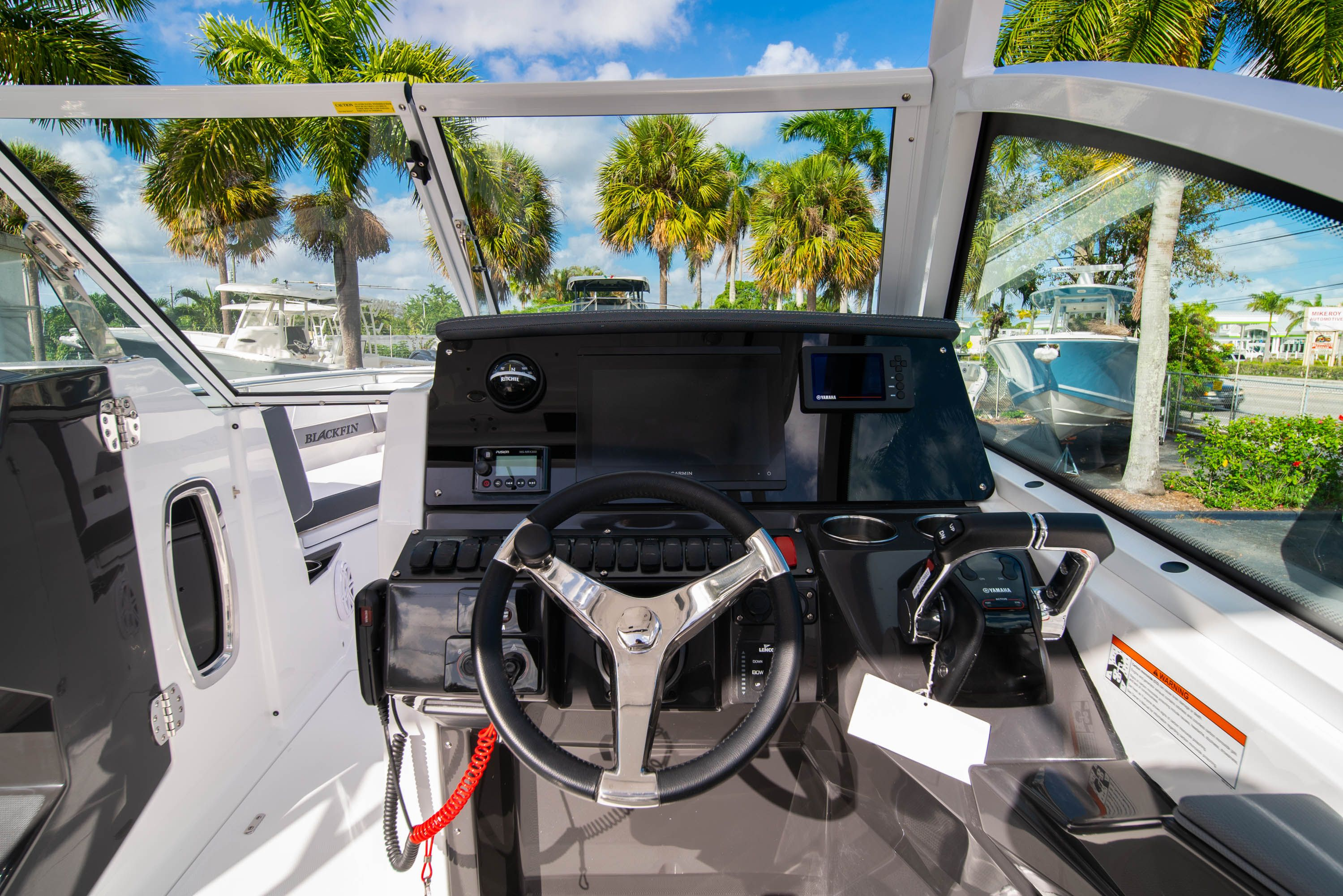 Thumbnail 28 for New 2020 Blackfin 242DC Dual Console boat for sale in West Palm Beach, FL