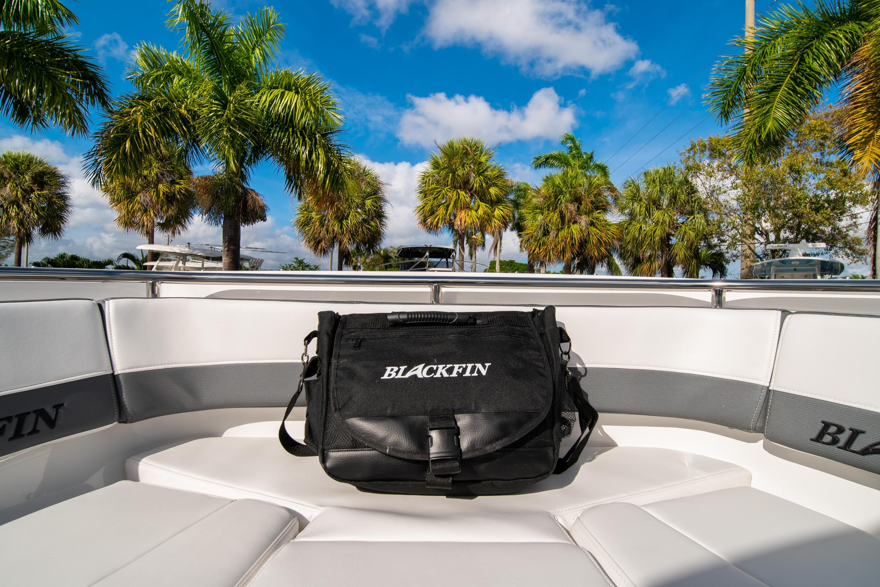 Thumbnail 43 for New 2020 Blackfin 242DC Dual Console boat for sale in West Palm Beach, FL