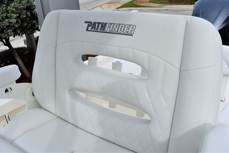 Thumbnail 34 for New 2020 Pathfinder 2600 HPS boat for sale in Vero Beach, FL