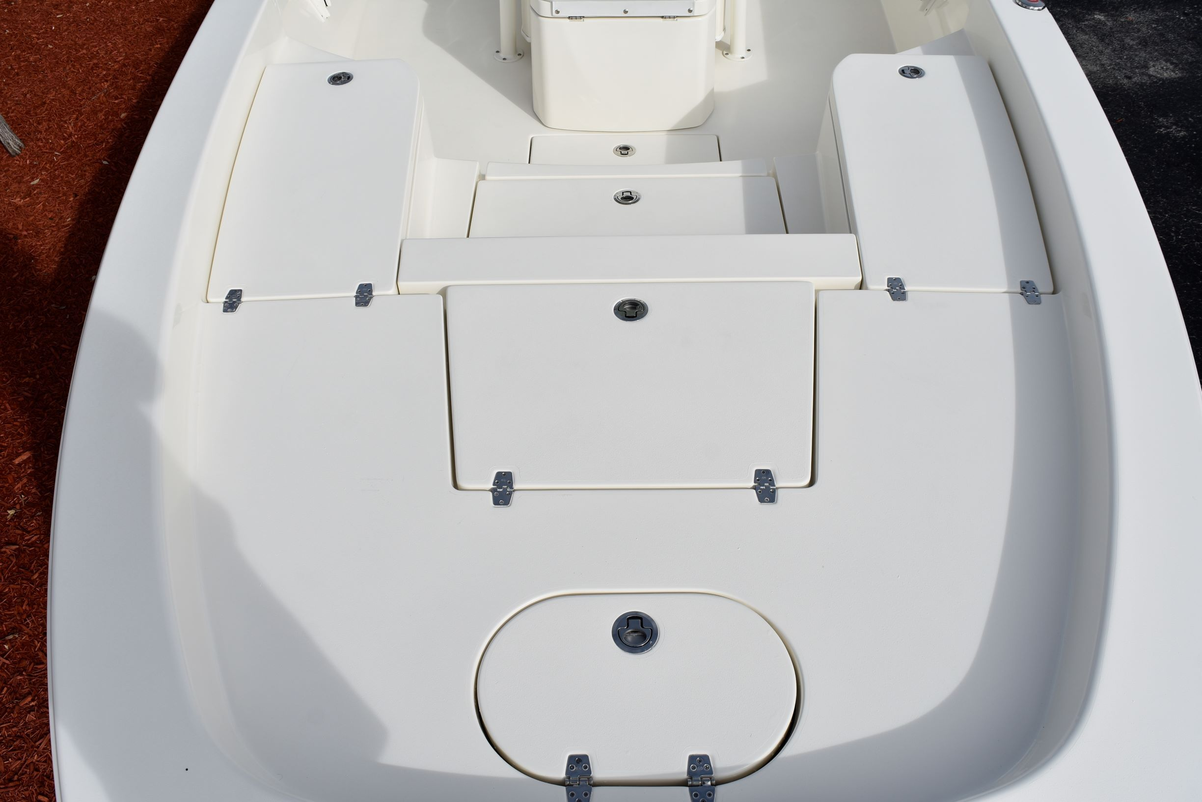 Thumbnail 17 for New 2020 Pathfinder 2600 HPS Bay Boat boat for sale in Vero Beach, FL