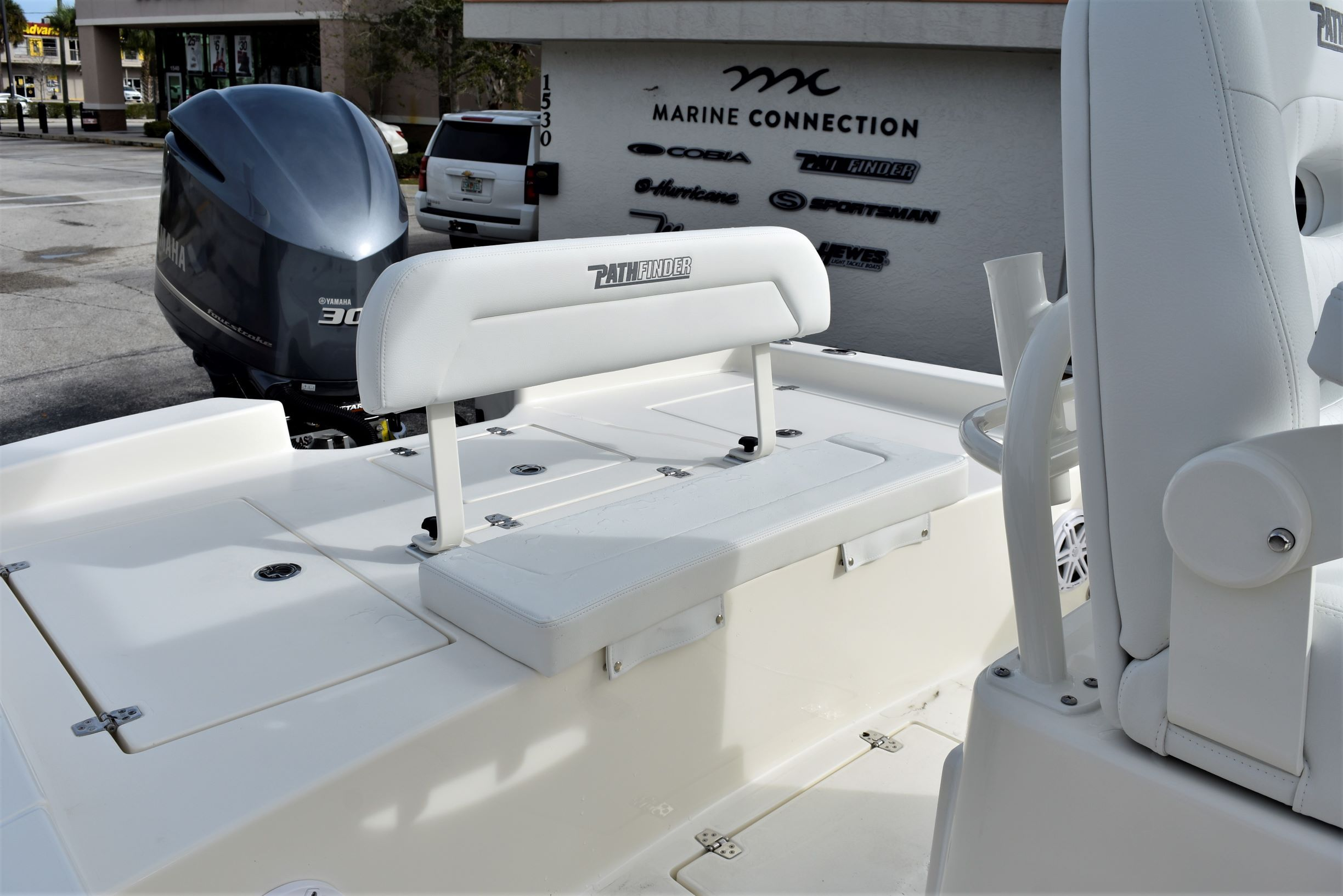 Thumbnail 25 for New 2020 Pathfinder 2600 HPS Bay Boat boat for sale in Vero Beach, FL