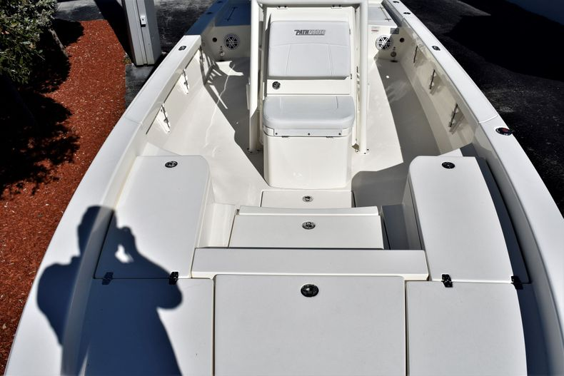 Thumbnail 16 for New 2020 Pathfinder 2600 HPS boat for sale in Vero Beach, FL