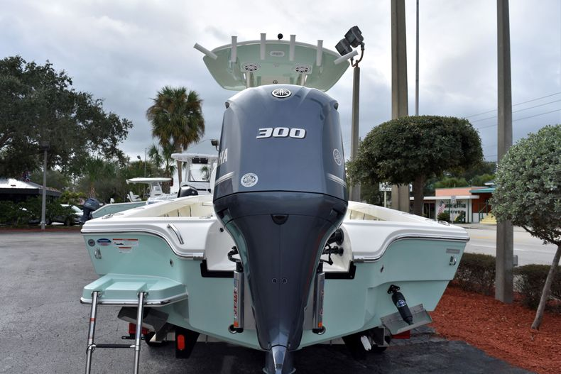 Thumbnail 5 for New 2020 Pathfinder 2600 HPS boat for sale in Vero Beach, FL