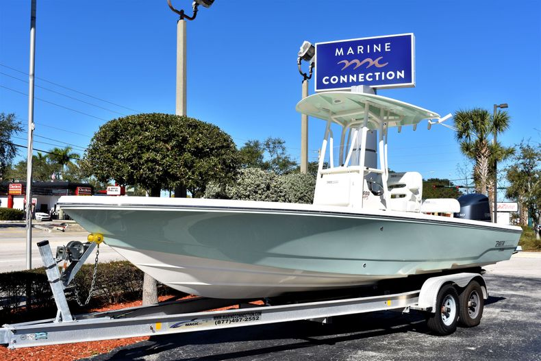 Thumbnail 1 for New 2020 Pathfinder 2600 HPS boat for sale in Vero Beach, FL