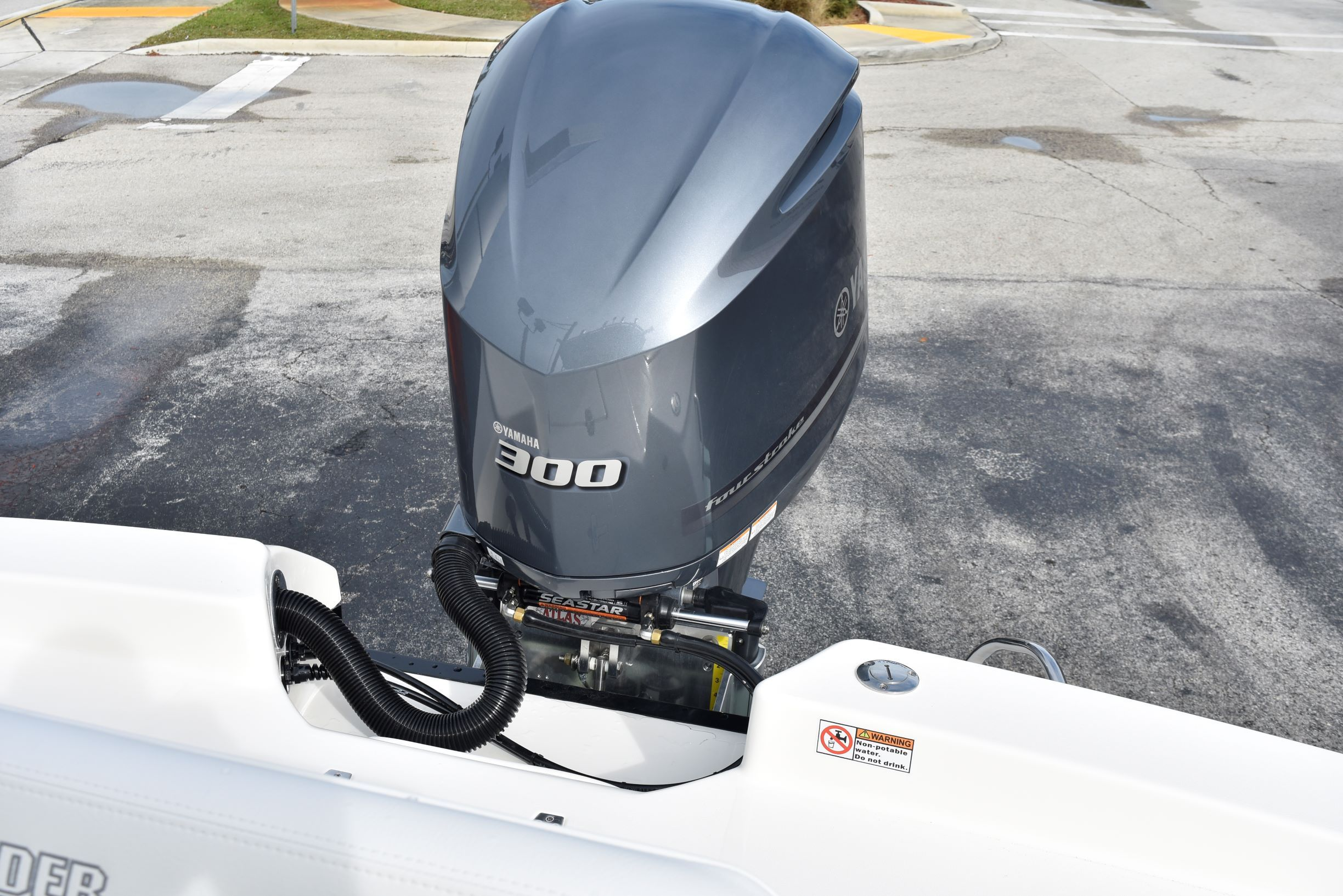 Thumbnail 33 for New 2020 Pathfinder 2600 HPS Bay Boat boat for sale in Vero Beach, FL