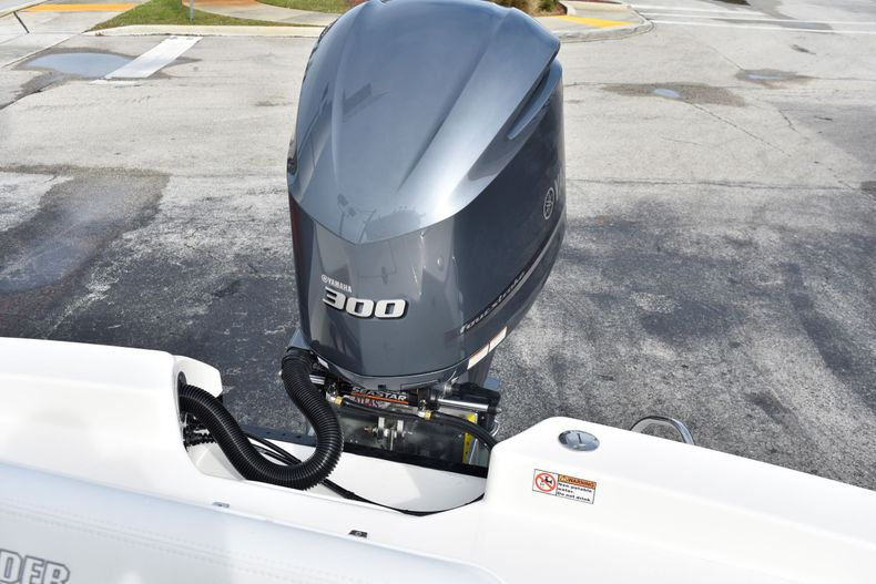 Thumbnail 33 for New 2020 Pathfinder 2600 HPS boat for sale in Vero Beach, FL
