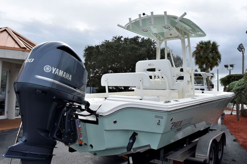 Thumbnail 6 for New 2020 Pathfinder 2600 HPS Bay Boat boat for sale in Vero Beach, FL