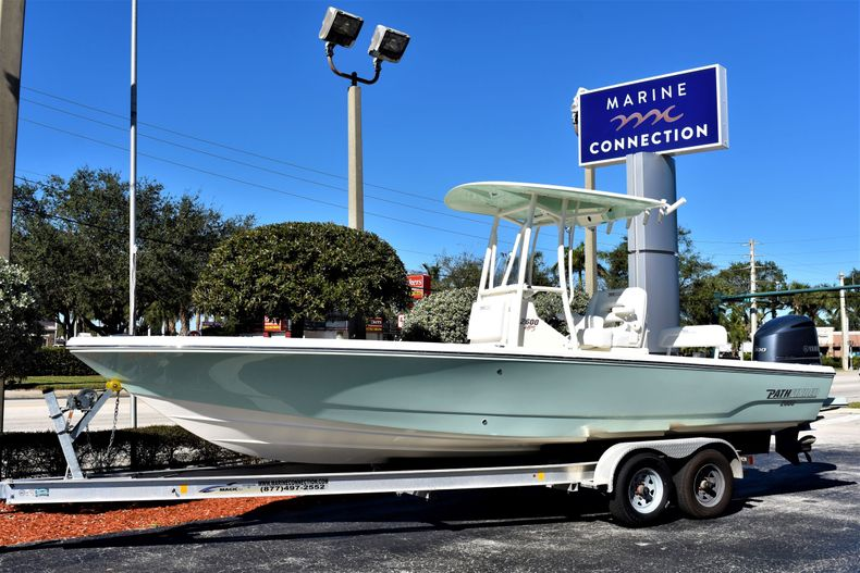 Photo for 2020 Pathfinder 2600 HPS Bay Boat