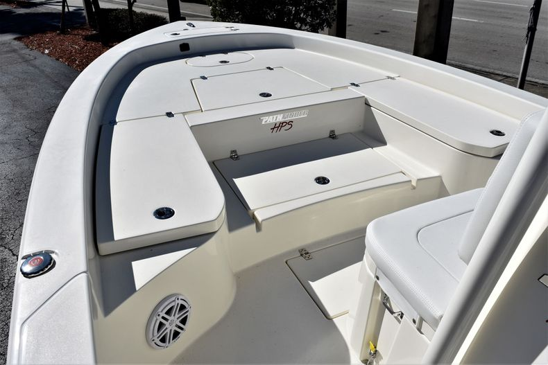 Thumbnail 14 for New 2020 Pathfinder 2600 HPS boat for sale in Vero Beach, FL