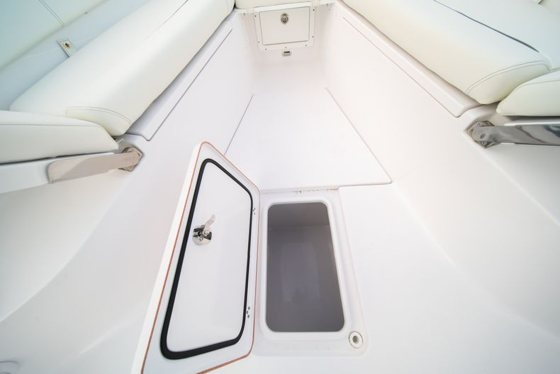 Thumbnail 49 for New 2020 Sportsman Open 282 Center Console boat for sale in Stuart, FL