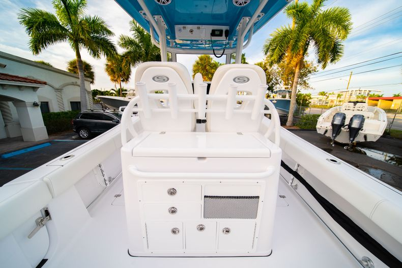 Thumbnail 20 for New 2020 Sportsman Open 282 Center Console boat for sale in Stuart, FL