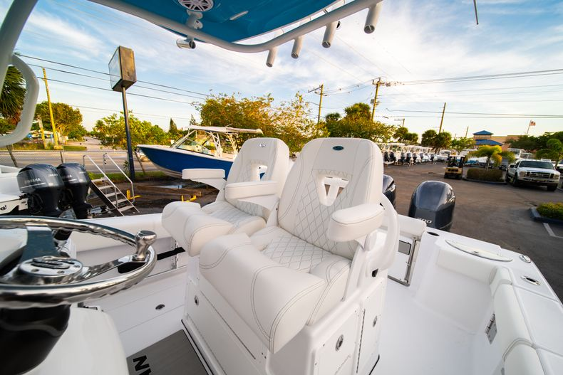 Thumbnail 42 for New 2020 Sportsman Open 282 Center Console boat for sale in Stuart, FL