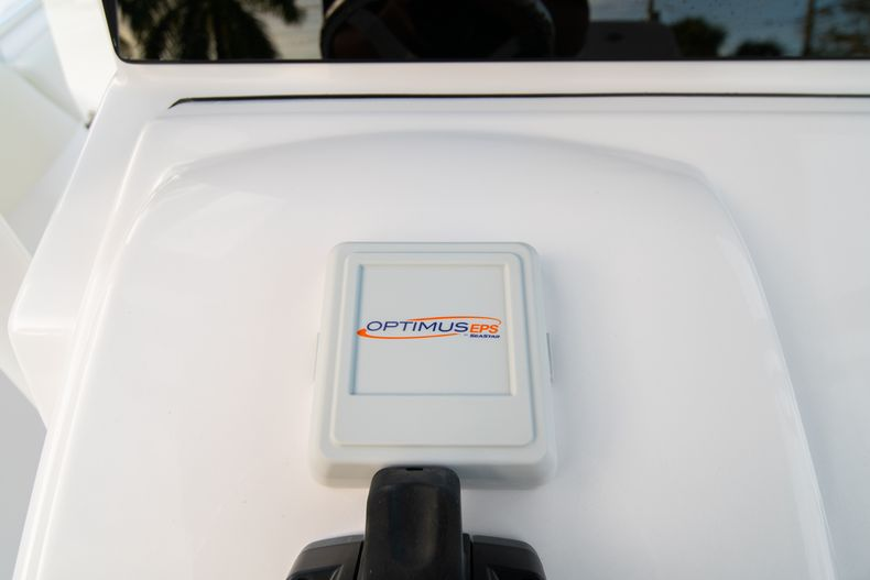 Thumbnail 36 for New 2020 Sportsman Open 282 Center Console boat for sale in Stuart, FL
