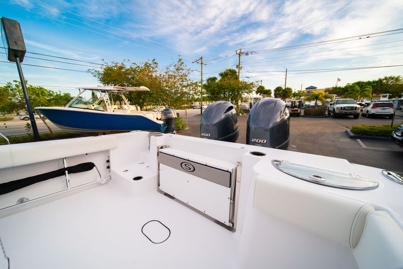 Thumbnail 14 for New 2020 Sportsman Open 282 Center Console boat for sale in Stuart, FL
