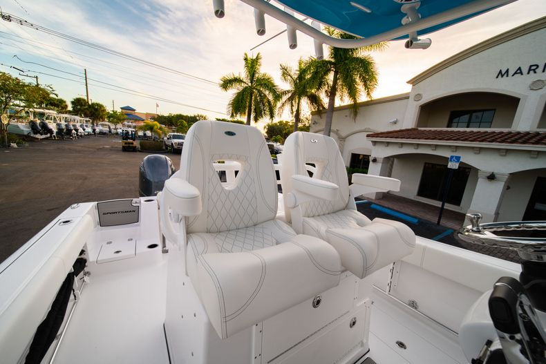 Thumbnail 40 for New 2020 Sportsman Open 282 Center Console boat for sale in Stuart, FL