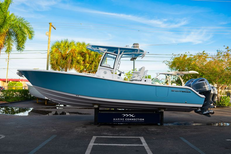 Thumbnail 5 for New 2020 Sportsman Open 282 Center Console boat for sale in Stuart, FL