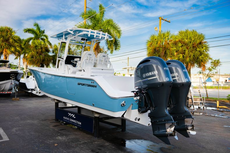 Thumbnail 6 for New 2020 Sportsman Open 282 Center Console boat for sale in Stuart, FL