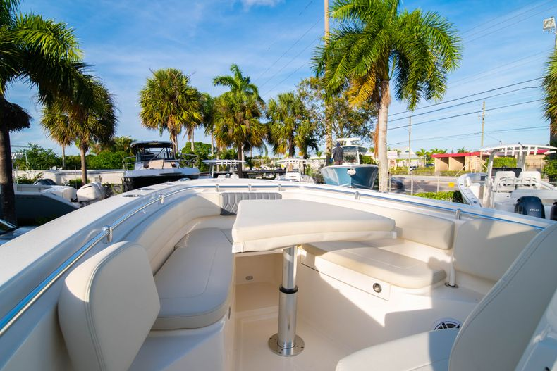 Thumbnail 40 for New 2020 Cobia 280 CC Center Console boat for sale in West Palm Beach, FL