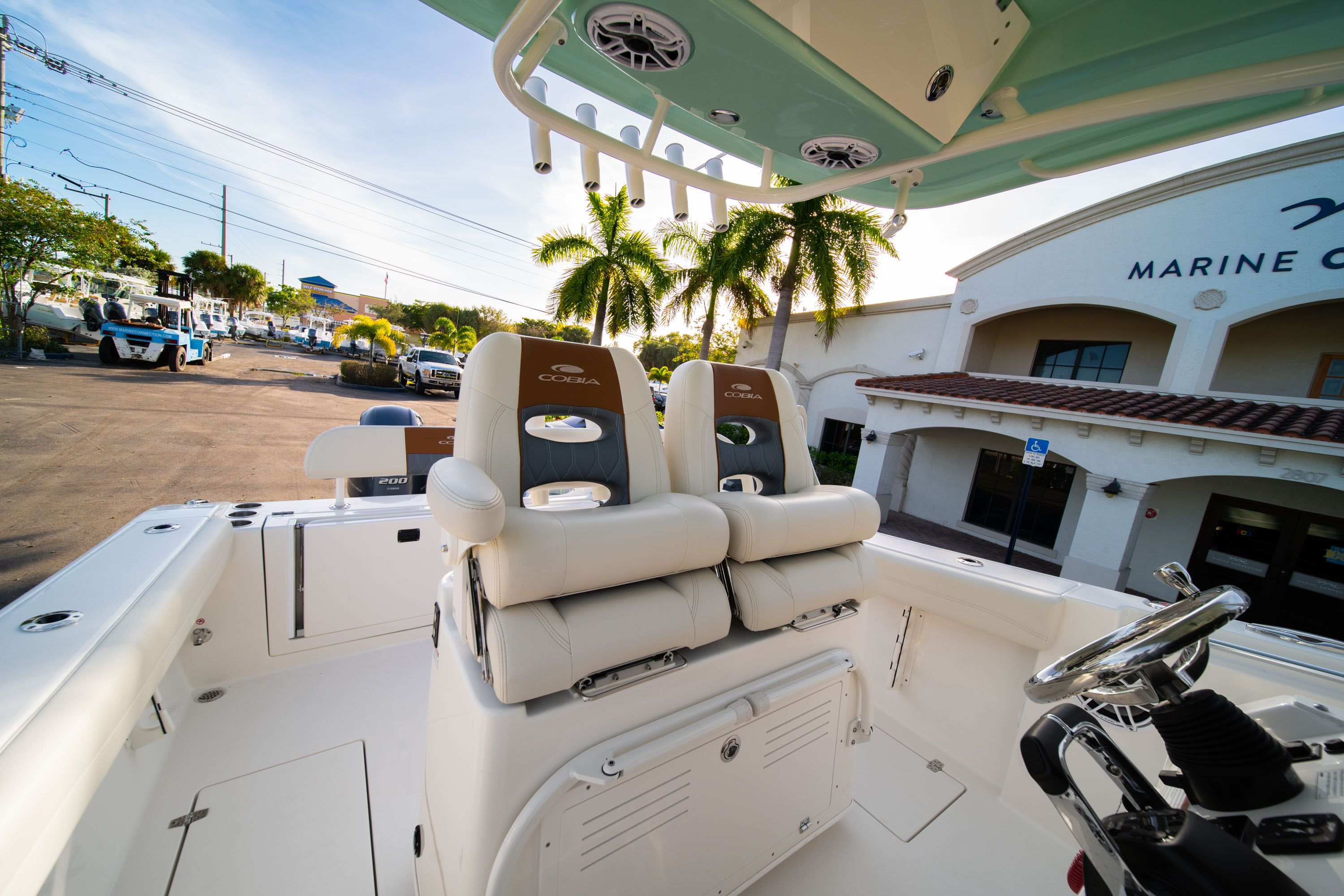 Thumbnail 33 for New 2020 Cobia 280 CC Center Console boat for sale in West Palm Beach, FL