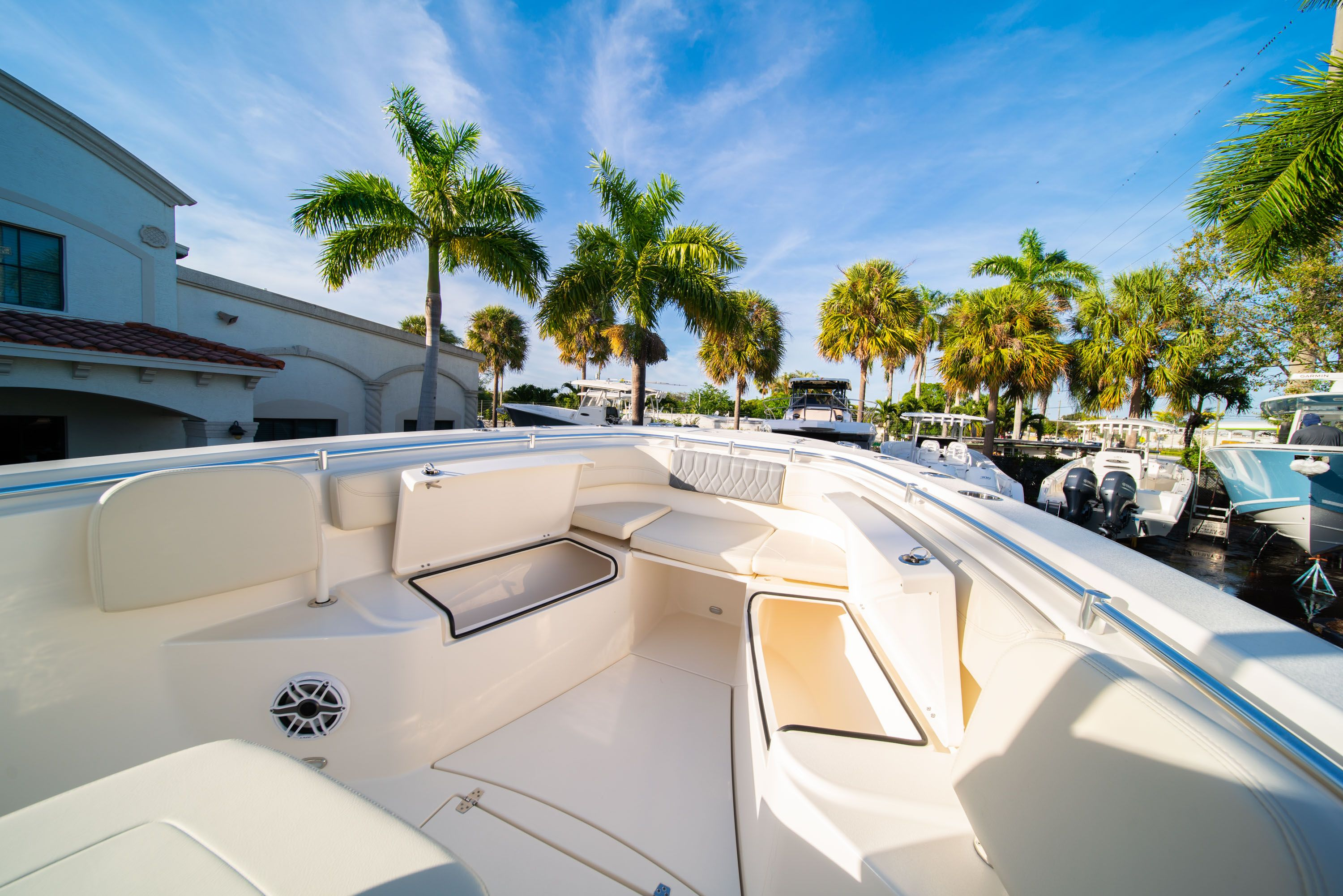 Thumbnail 39 for New 2020 Cobia 280 CC Center Console boat for sale in West Palm Beach, FL