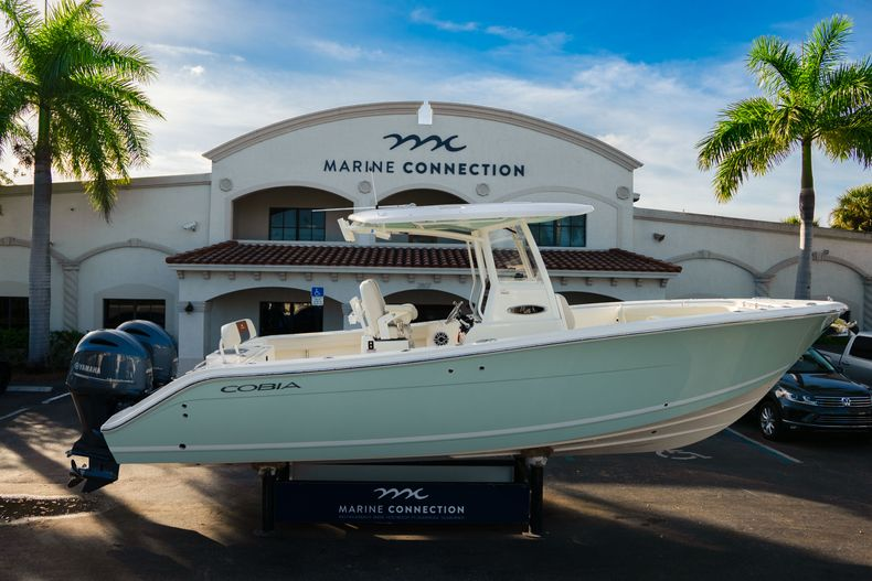 New 2020 Cobia 280 CC Center Console boat for sale in West Palm Beach, FL