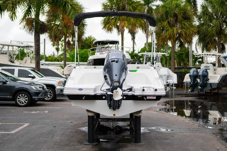 Thumbnail 6 for New 2020 Hurricane SS 185 OB boat for sale in West Palm Beach, FL