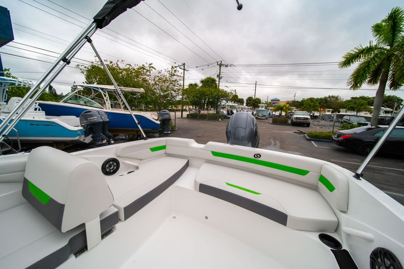 Thumbnail 10 for New 2020 Hurricane SS 185 OB boat for sale in West Palm Beach, FL