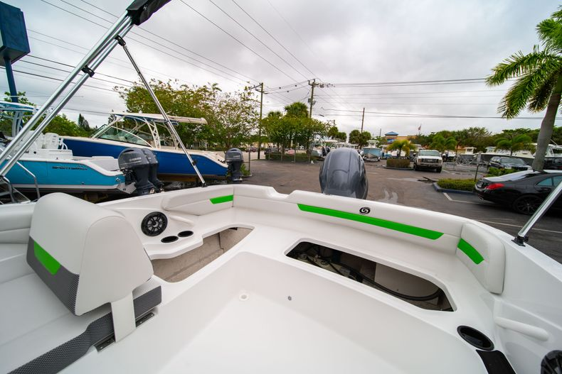 Thumbnail 11 for New 2020 Hurricane SS 185 OB boat for sale in West Palm Beach, FL