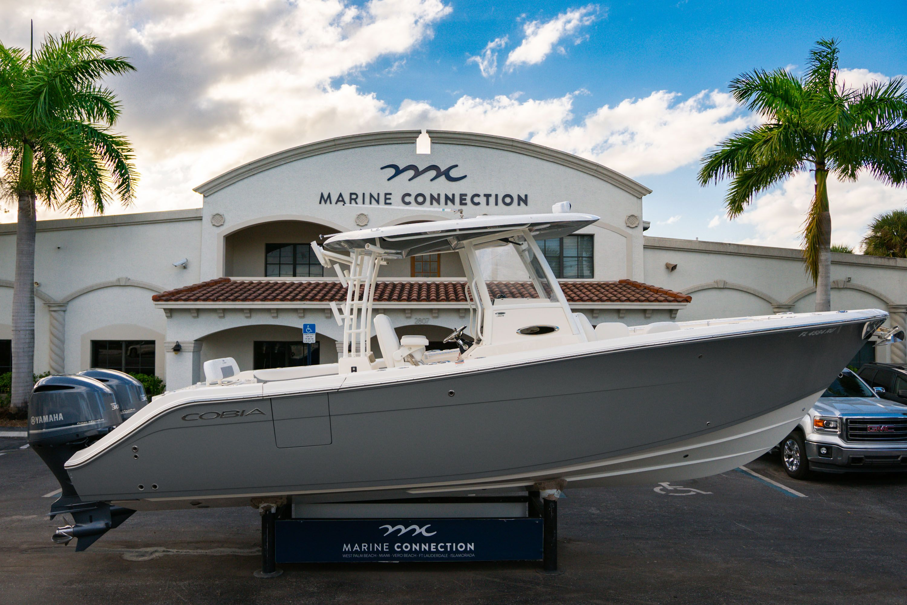 Used 2019 Cobia 301 CC Center Console boat for sale in West Palm Beach, FL