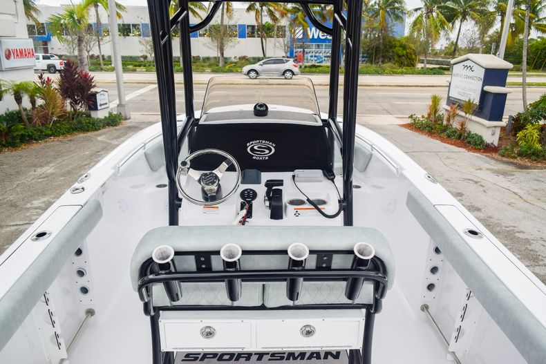 Thumbnail 15 for Used 2019 Sportsman Open 232 Center Console boat for sale in Fort Lauderdale, FL