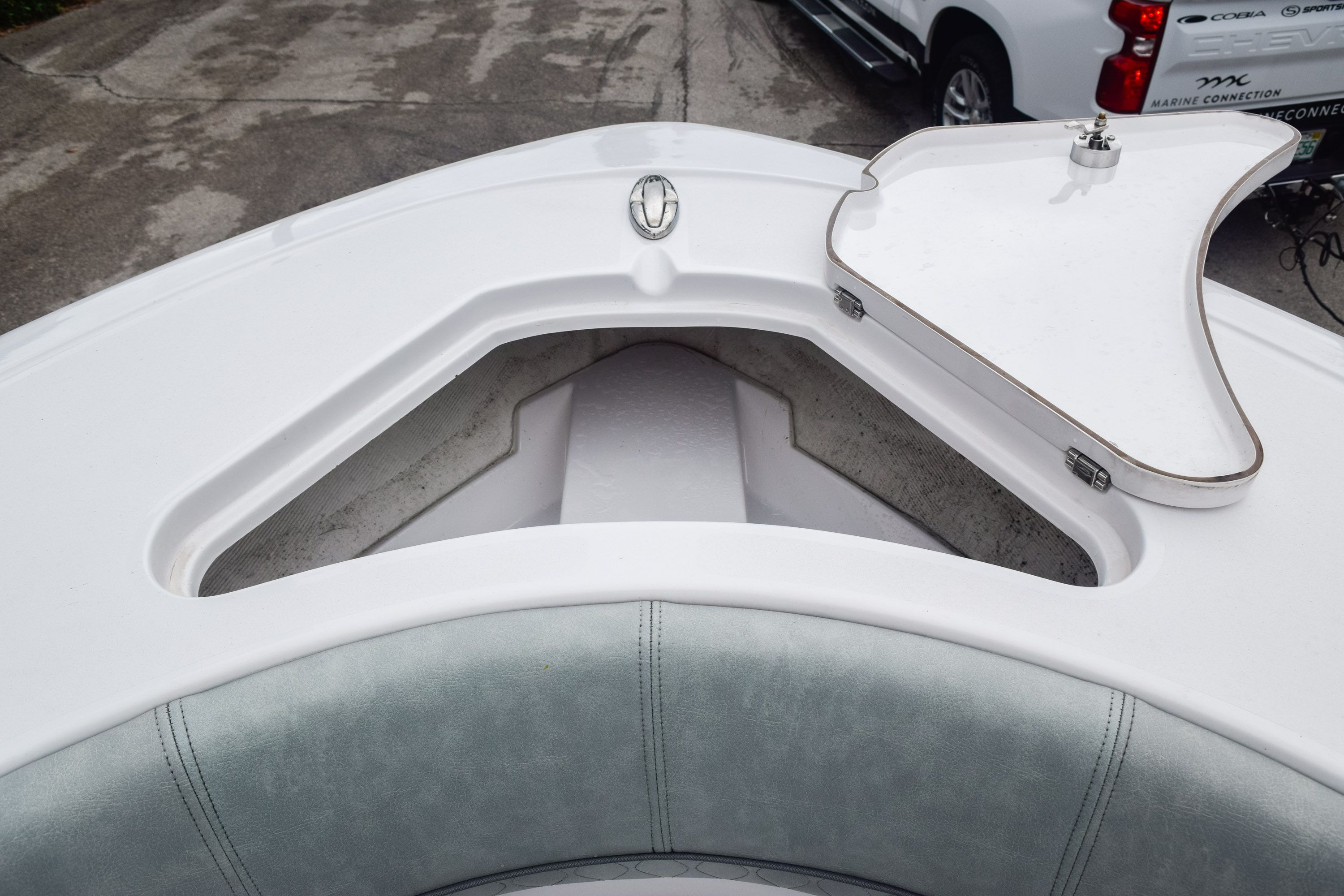 Thumbnail 38 for Used 2019 Sportsman Open 232 Center Console boat for sale in Fort Lauderdale, FL