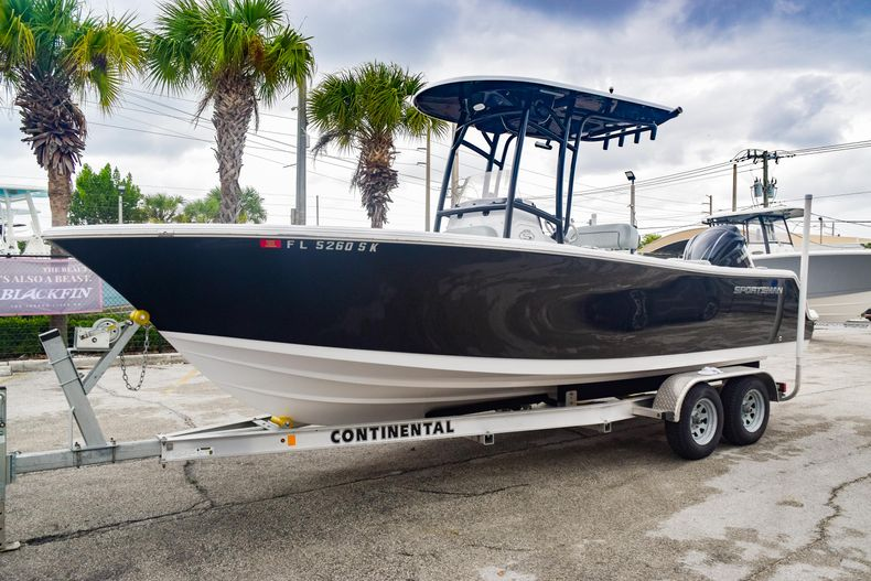 Thumbnail 3 for Used 2019 Sportsman Open 232 Center Console boat for sale in Fort Lauderdale, FL