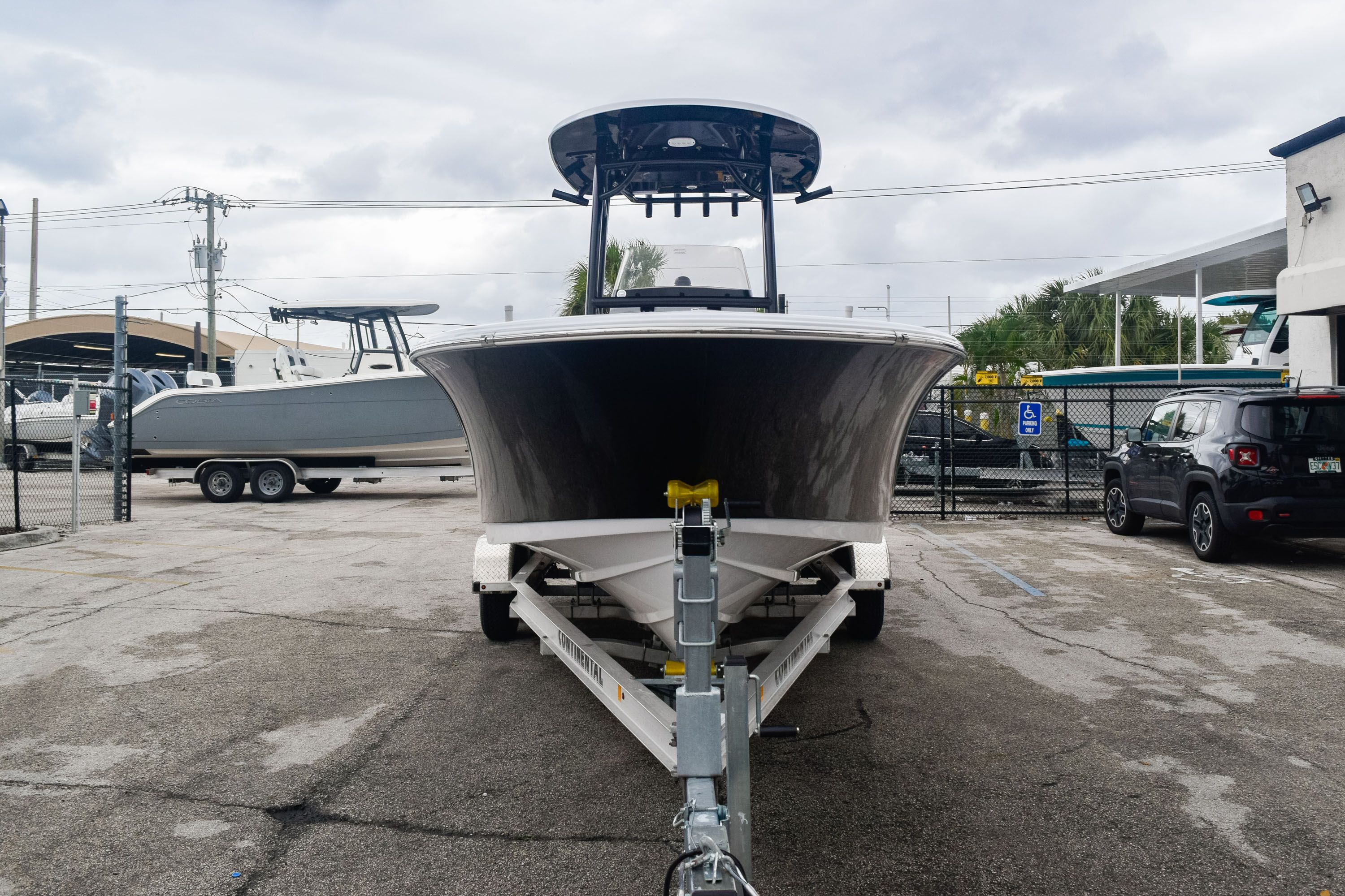 Thumbnail 2 for Used 2019 Sportsman Open 232 Center Console boat for sale in Fort Lauderdale, FL
