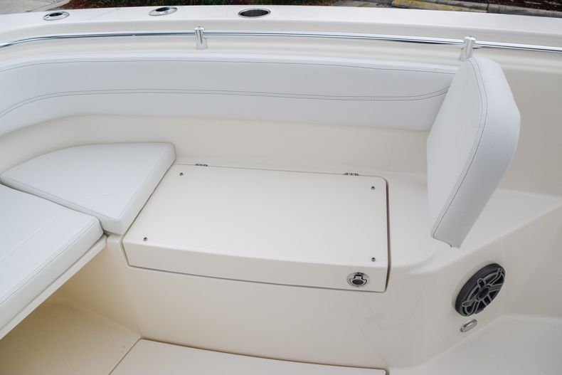 Thumbnail 32 for New 2020 Cobia 280 CC Center Console boat for sale in Fort Lauderdale, FL