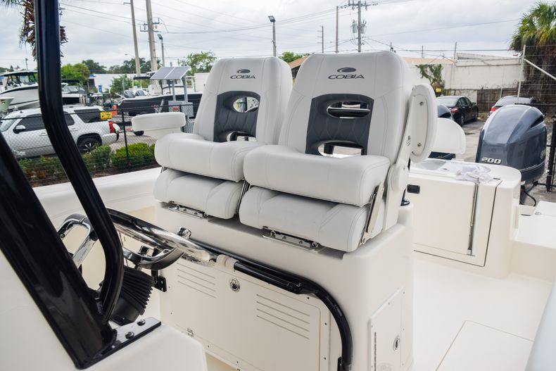 Thumbnail 25 for New 2020 Cobia 280 CC Center Console boat for sale in Fort Lauderdale, FL