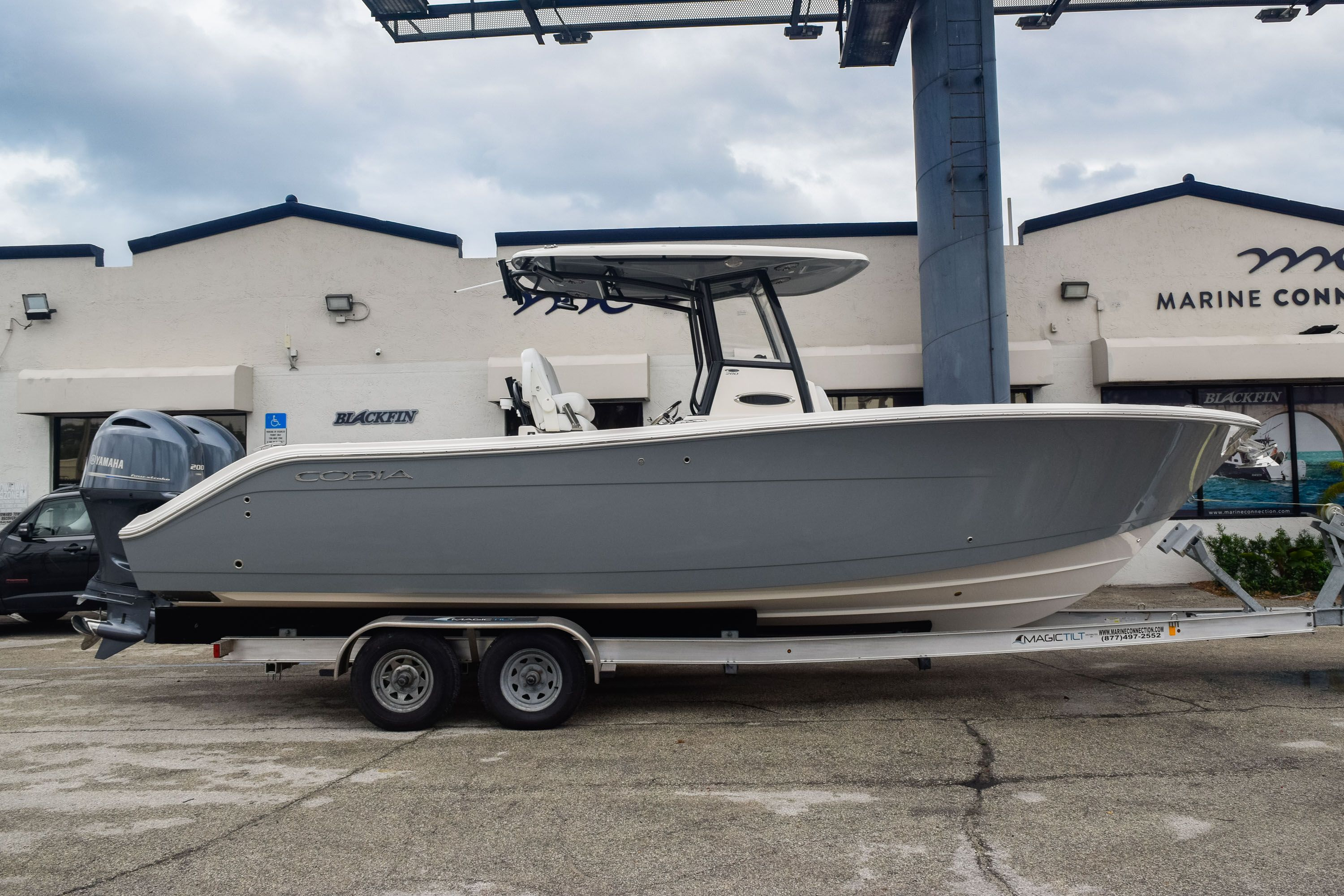 New 2020 Cobia 280 CC Center Console boat for sale in Fort Lauderdale, FL