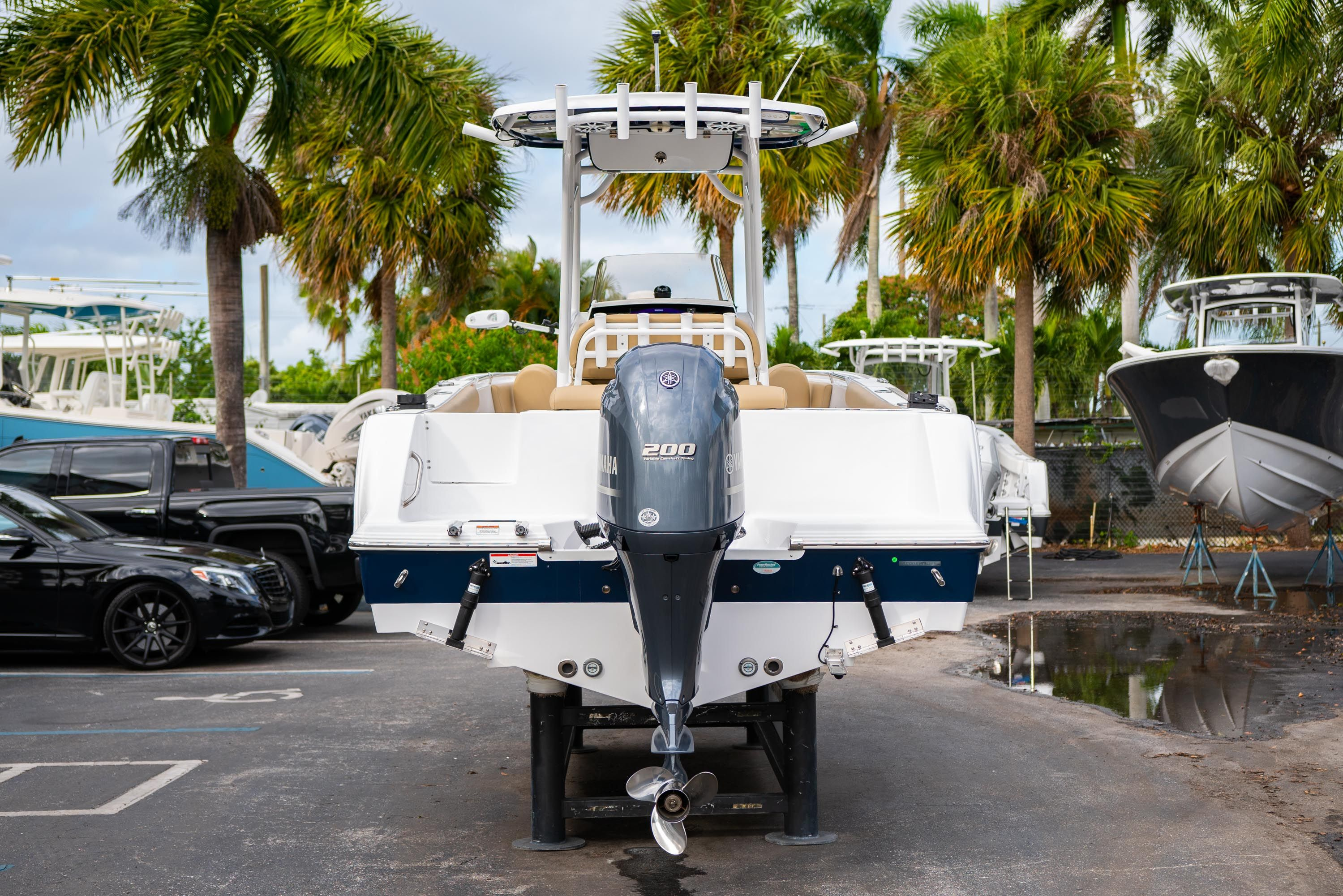 Thumbnail 6 for Used 2018 Sportsman Open 232 Center Console boat for sale in West Palm Beach, FL