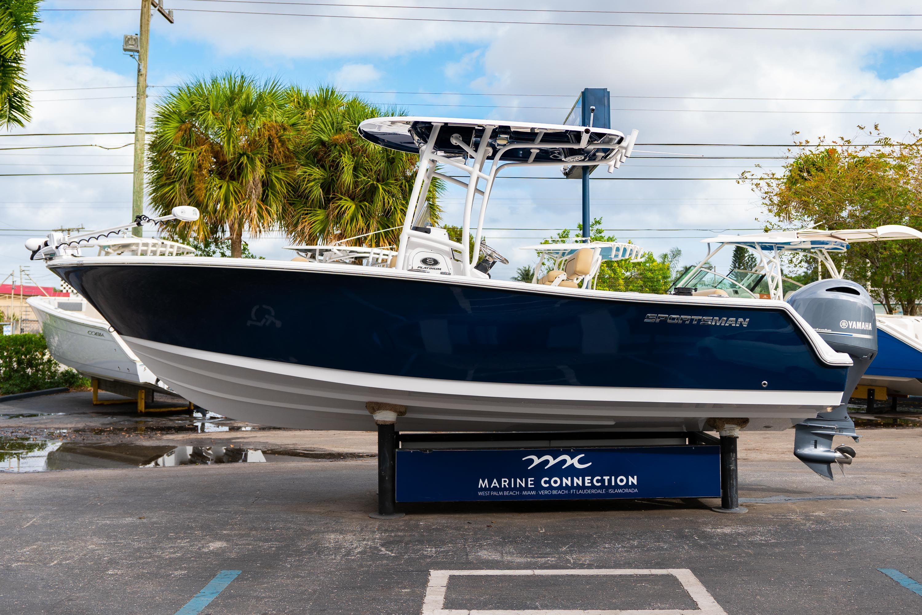 Thumbnail 4 for Used 2018 Sportsman Open 232 Center Console boat for sale in West Palm Beach, FL