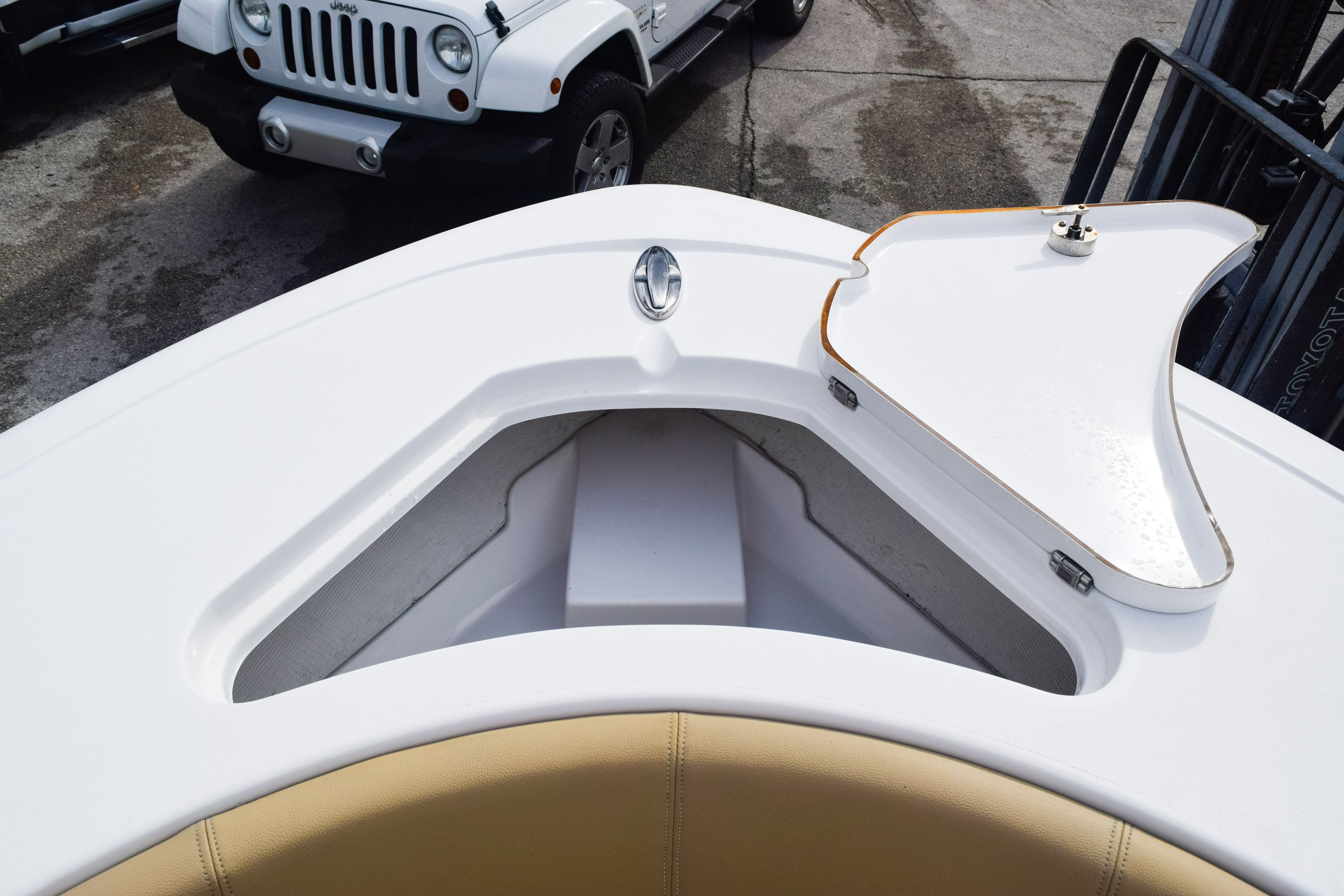 Thumbnail 40 for Used 2017 Sportsman 231 Heritage boat for sale in Fort Lauderdale, FL